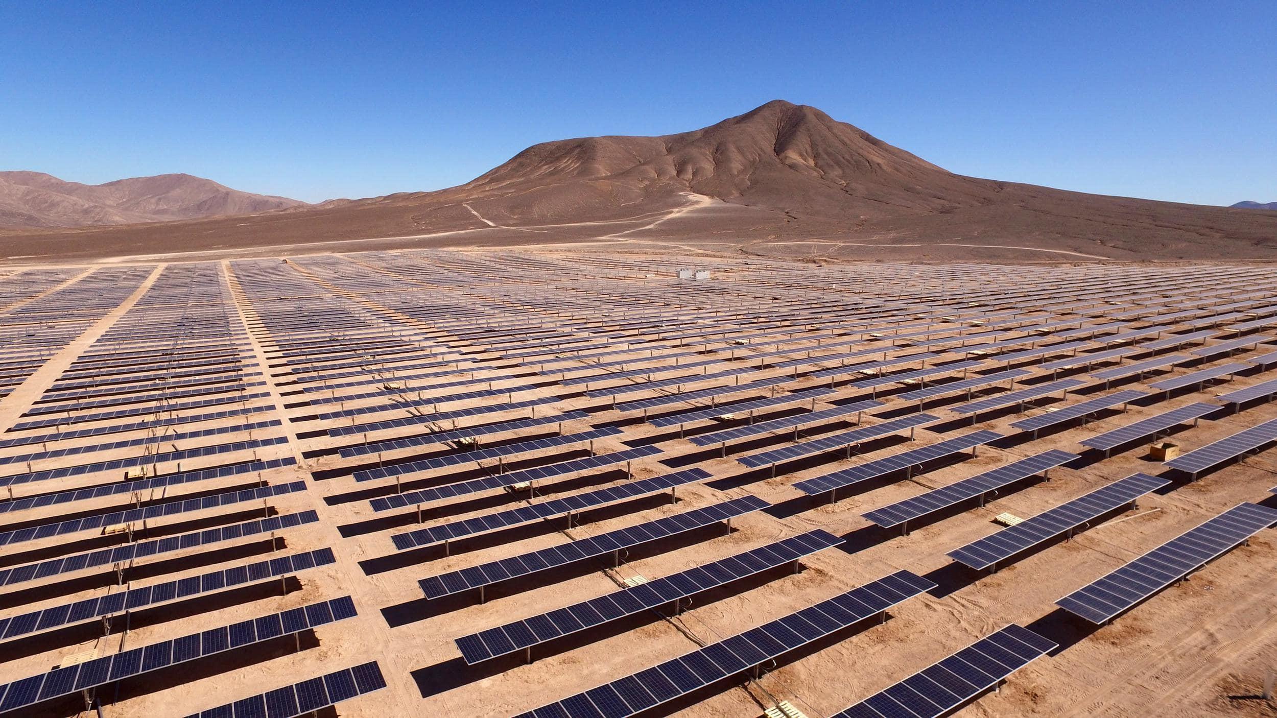 Solarzellen in der Wüste