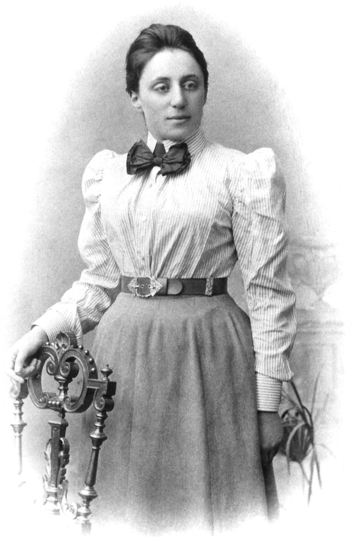 Porträtfoto der Emmy Noether