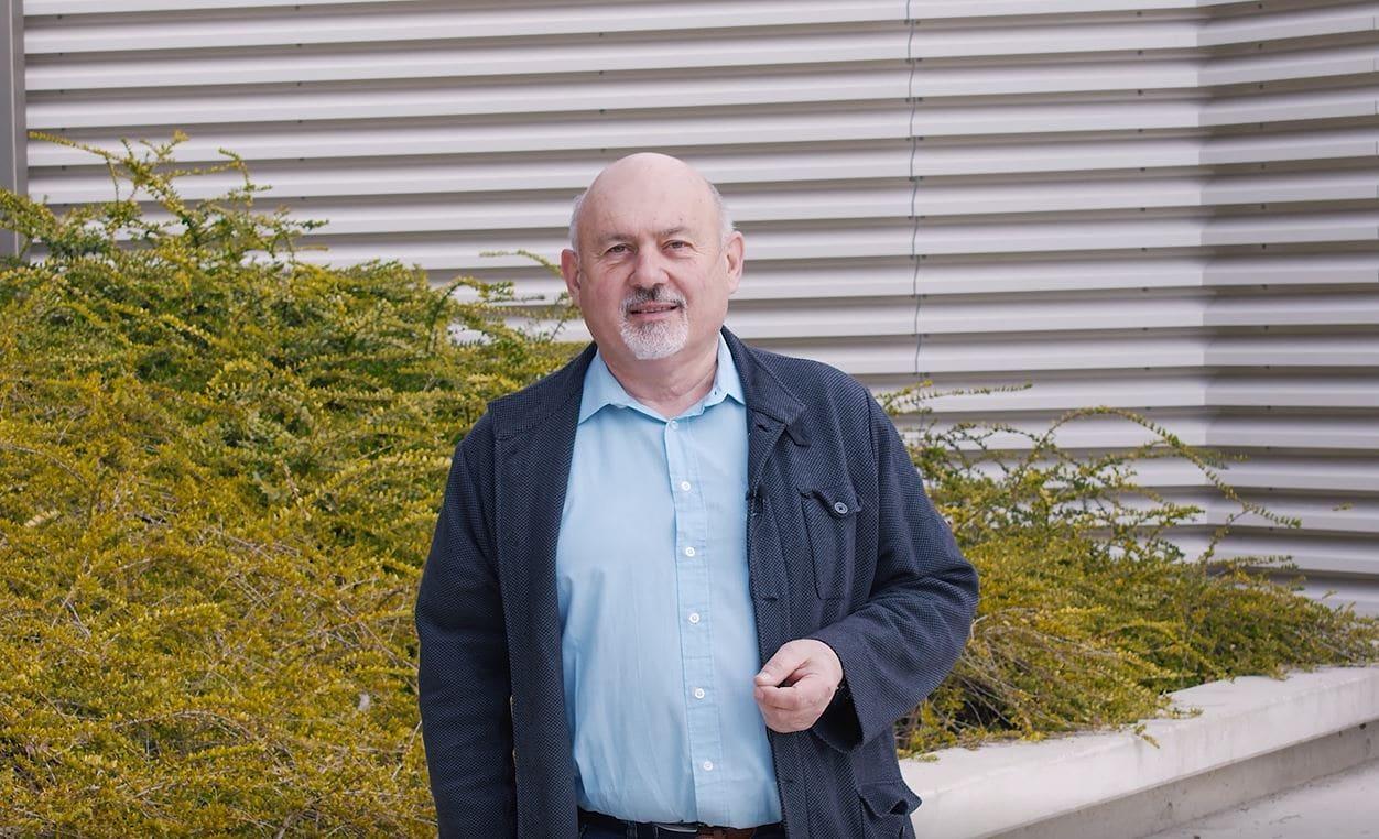 Werkstättenleiter Wolfgang Höllerbauer